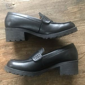 Timberland Newbury Chunky Heel Penny Loafer Size 8